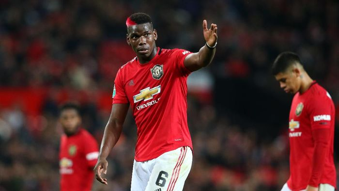 Paul Pogba diragukan tampil di laga lawan Arsenal. (Foto: Alex Livesey/Getty Images)