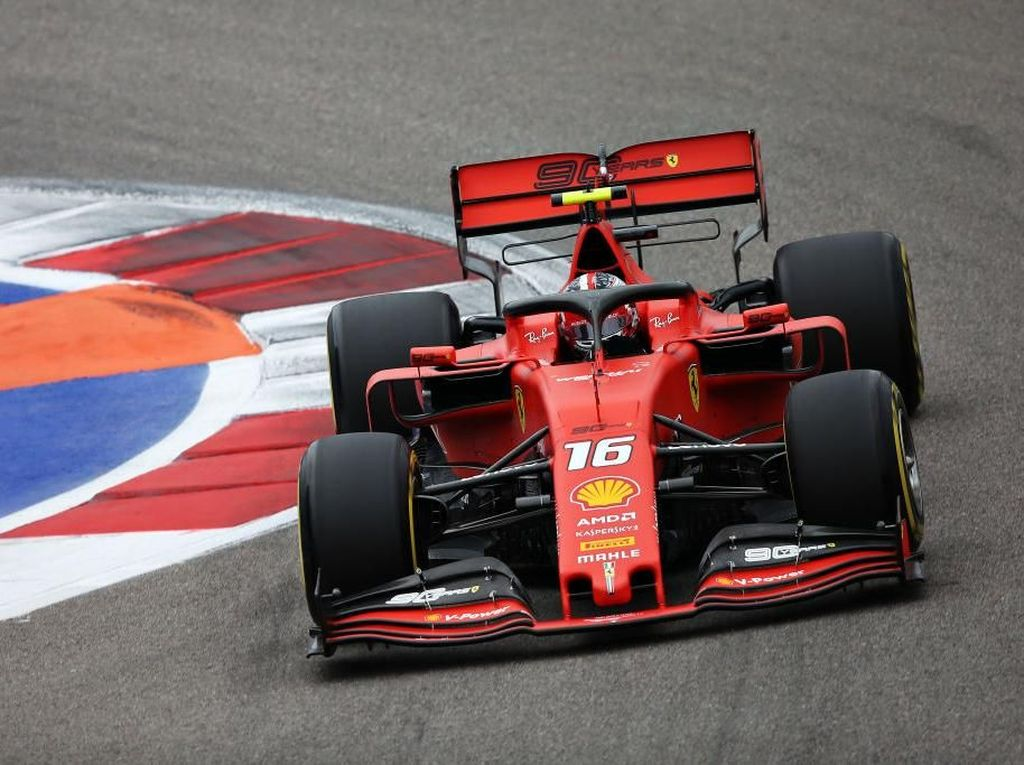 Leclerc Kuasai FP3 GP Rusia, Dibuntuti Vettel