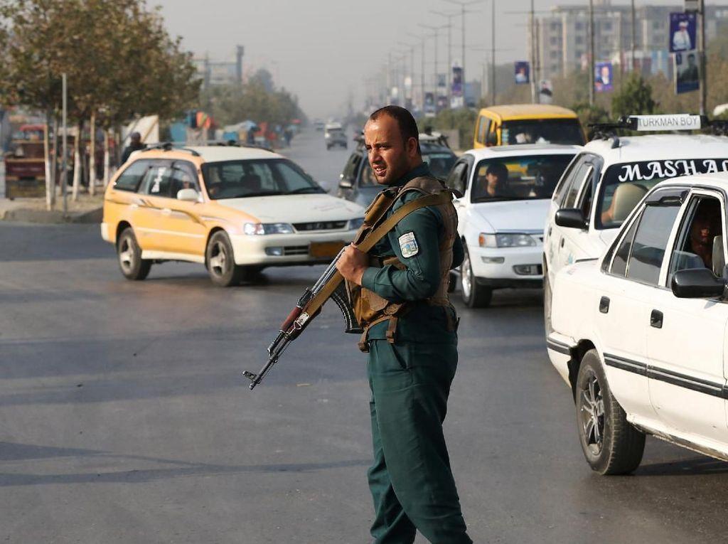Warga Afghanistan Gunakan Hak Suara dalam Pilpres, Pengamanan Diperketat