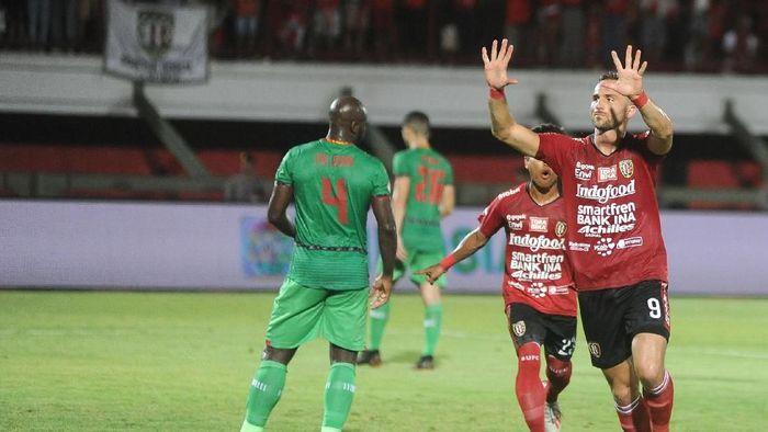 Penampilan luar biasa Bali United di kandang musim ini jadi kunci mereka merengkuhg gelar juara Liga 1 2019 (Foto: Fikri Yusuf/Antara)
