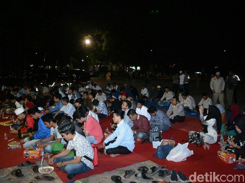 Polisi dan Mahasiswa Situbondo Gelar Doa Bersama, Banyak Warga Ikut Gabung
