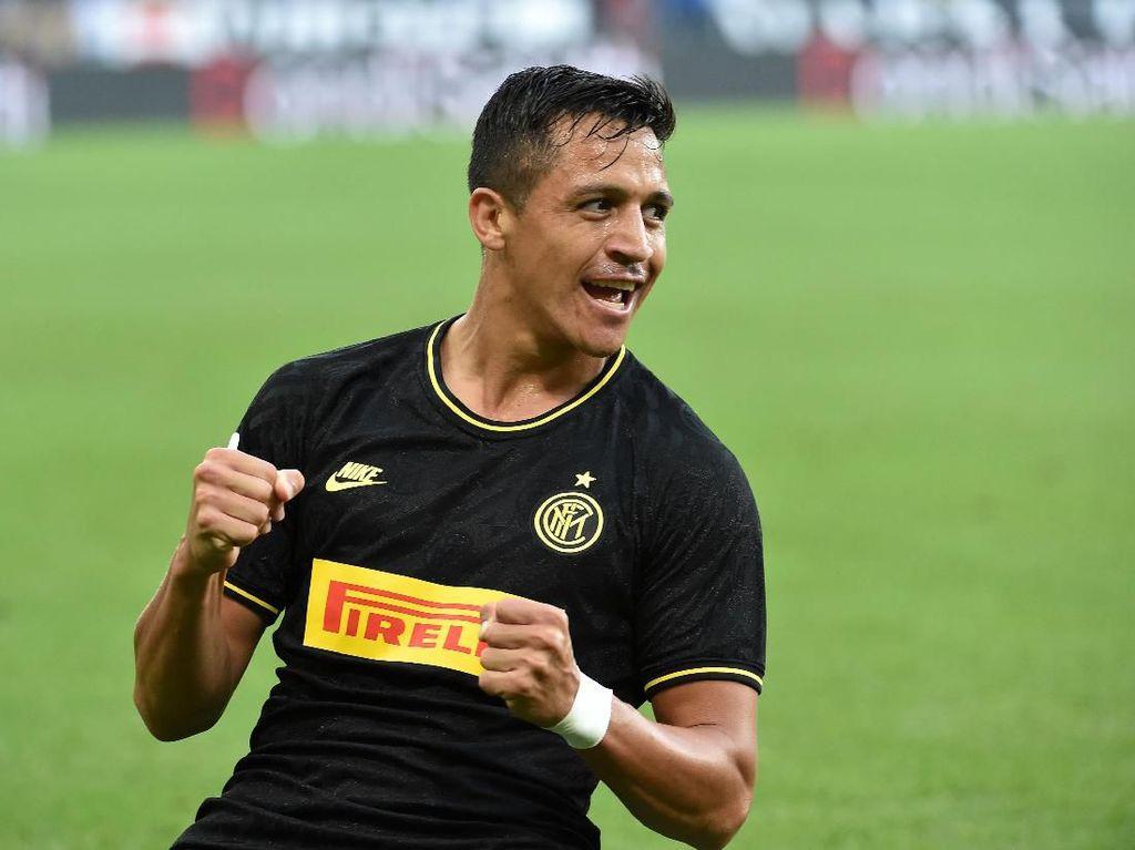 Ironi Alexis Sanchez: Jadi Starter, Cetak Gol Perdana, Lalu Dikartu Merah