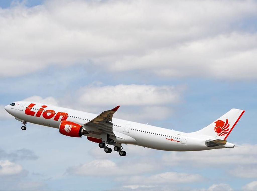 Hujan Deras, Lion Air Tunda dan Alihkan Sejumlah Penerbangan