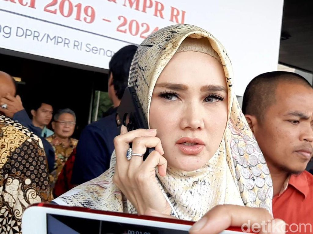 Terpilih Jadi Anggota DPR, Mulan Jameela Siap Jalankan Mandat