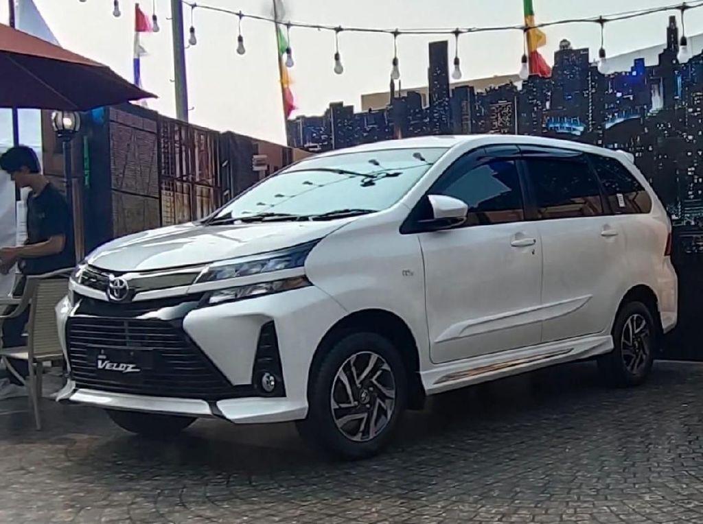 Mobil Sejuta Umat Laris Manis di Avanza-Veloz Sebangsa Semarang