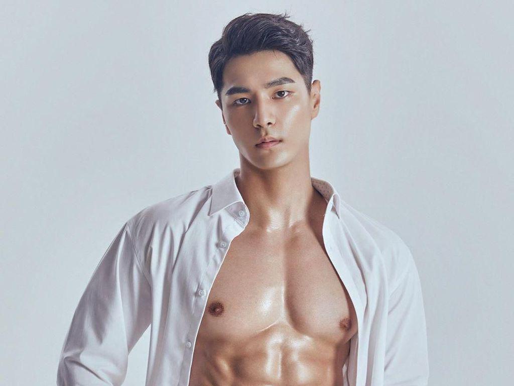 Potret Jong Woo Kim, Juara Kontes Kecantikan Pria Mister Global 2019
