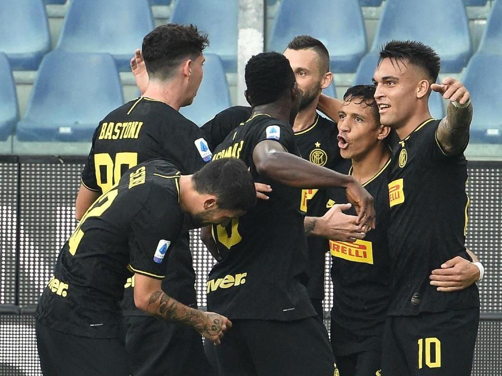 Conte Nantikan Inter yang Gagah Berani di Camp Nou