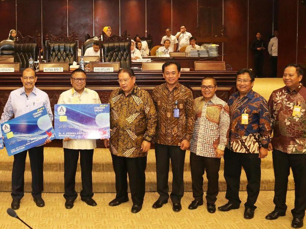Anggota DPR dan DPD Purnatugas Jadi Nasabah Bank Mantap