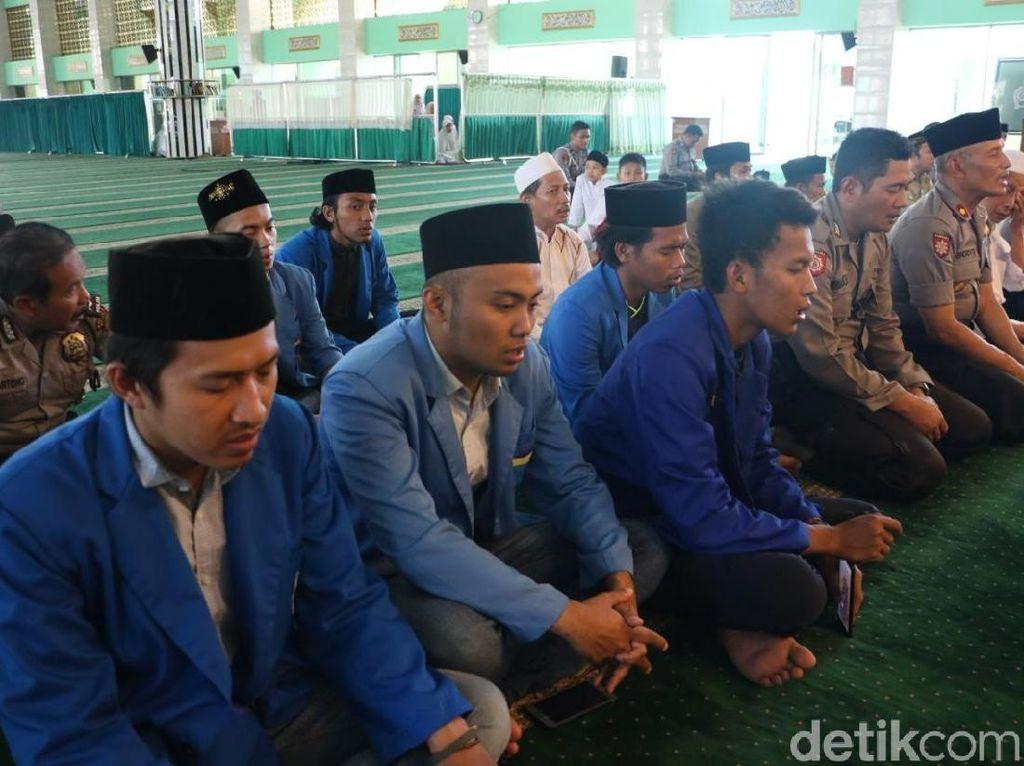 Polres dan PMII Malang Tahlilan untuk 2 Mahasiswa Kendari yang Meninggal