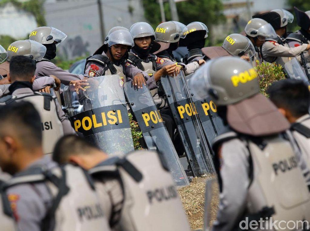 Potret Pengamanan di Depan Gedung DPR