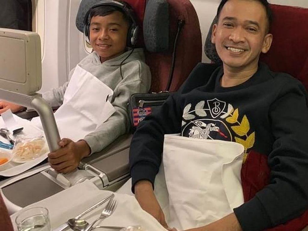 Manisnya Momen Kulineran Betrand Peto Bersama Keluarga Ruben Onsu