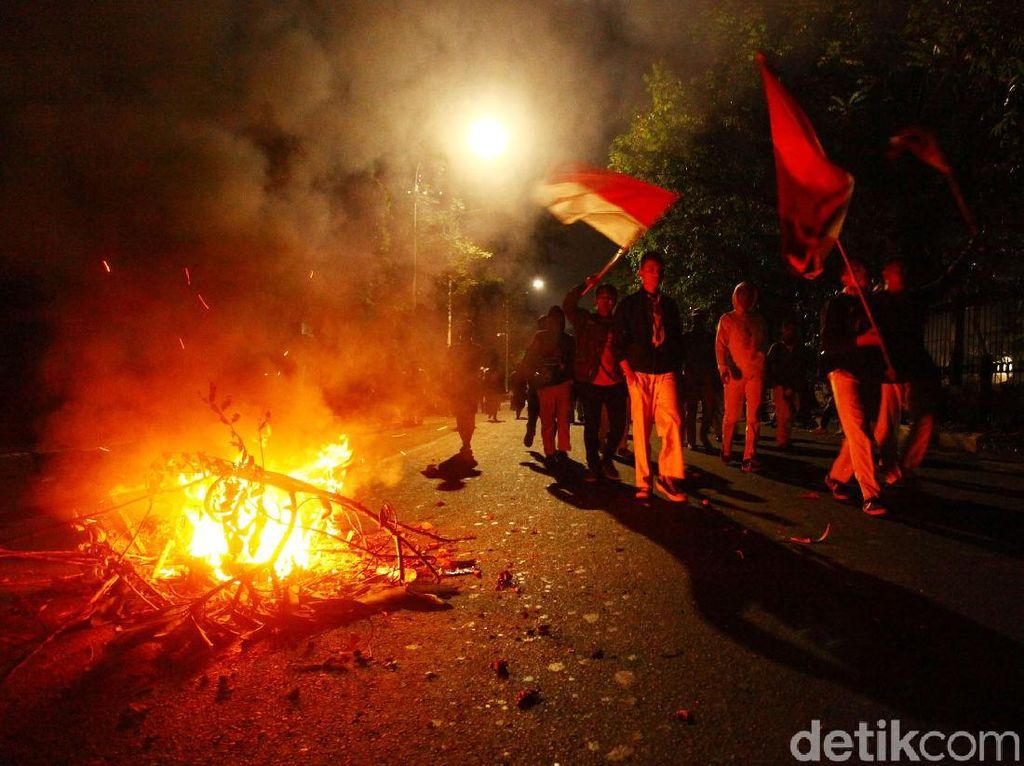 Buntut Ricuh Demo 30 September di DPR, 649 Orang Diamankan!