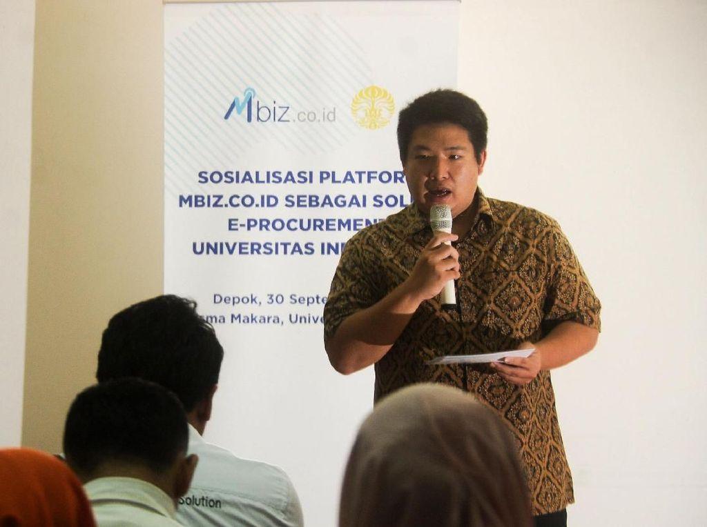 Sosialisasi Platform Mbiz Sebagai Solusi e-Procurement