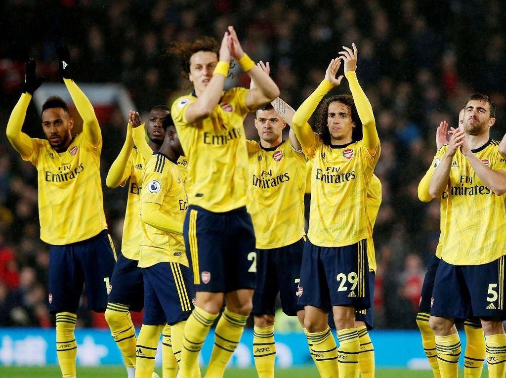 Arsenal Jadi Dewasa di Manchester