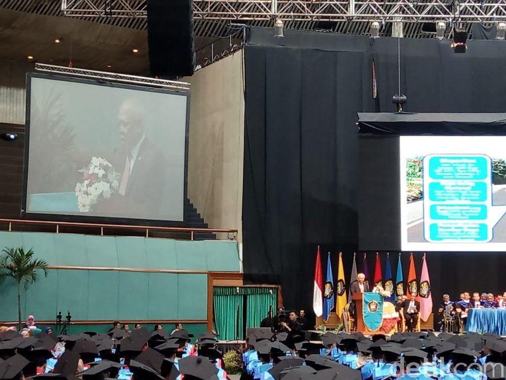 Menteri PUPR ke Mahasiswa: Sukses Bukan Cuma karena Smart, Tapi...