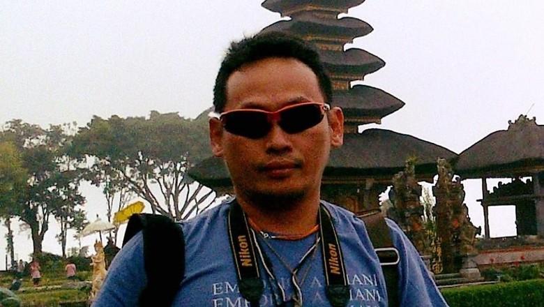 relawan-jokowi-ninoy-karundeng-diancam-dibunuh-secara-sadis-pakai-kapak