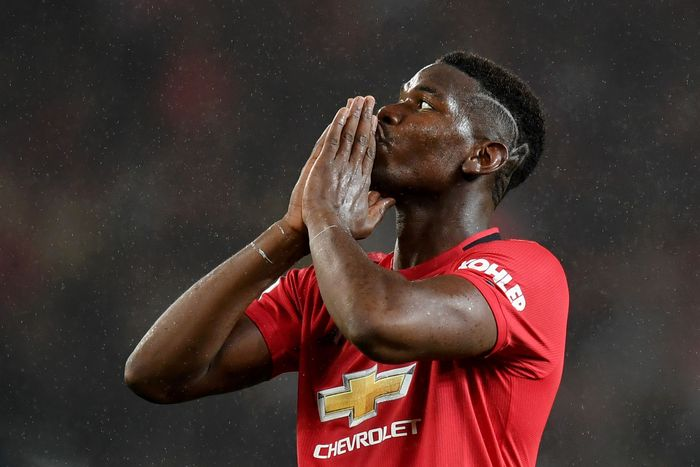 MANCHESTER, ENGLAND - SEPTEMBER 30: Paul Pogba of Manchester United reacts after missing a chance during the Premier League match between Manchester United and Arsenal FC at Old Trafford on September 30, 2019 in Manchester, United Kingdom. (Photo by Michael Regan/Getty Images)
