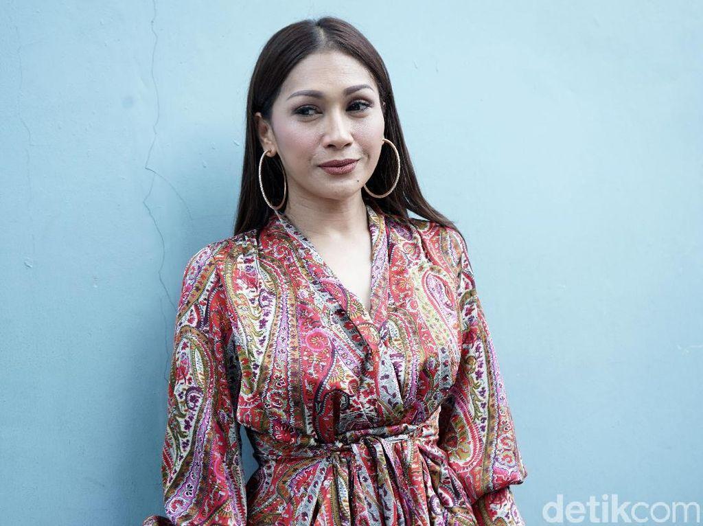 Bukan Bule, Tata Janeeta Ingin Suami Berdarah Jawa