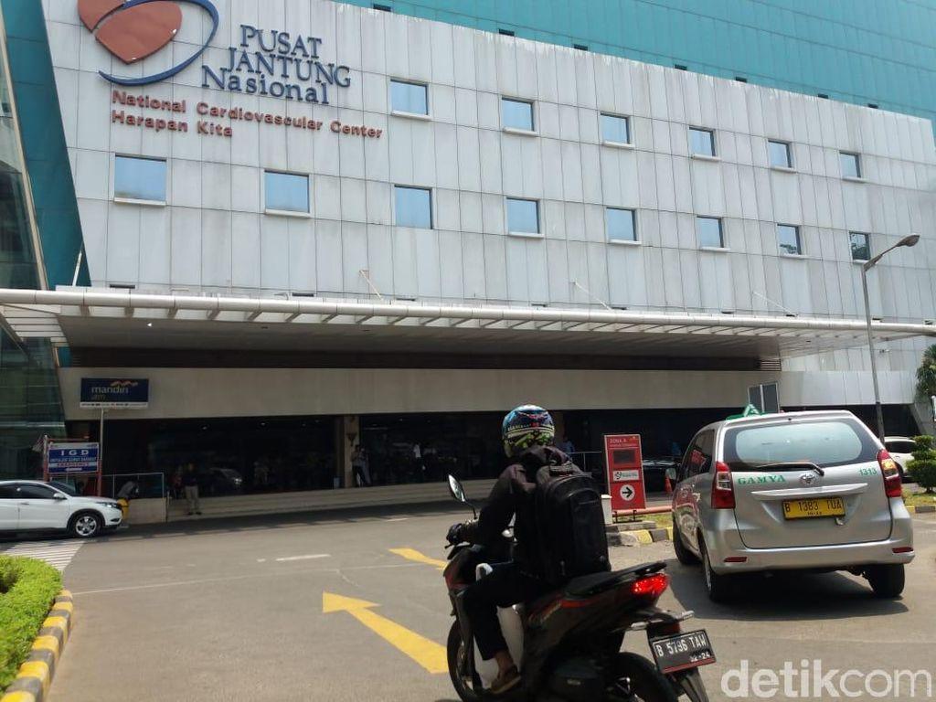 Terdampak Gas Air Mata, Pengidap Jantung Bawaan di Jakbar Mengungsi ke RS
