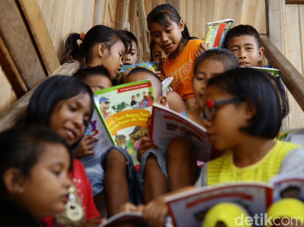 Anak-anak Miangas Punya Jendela Wawasan Dunia Luar Lho