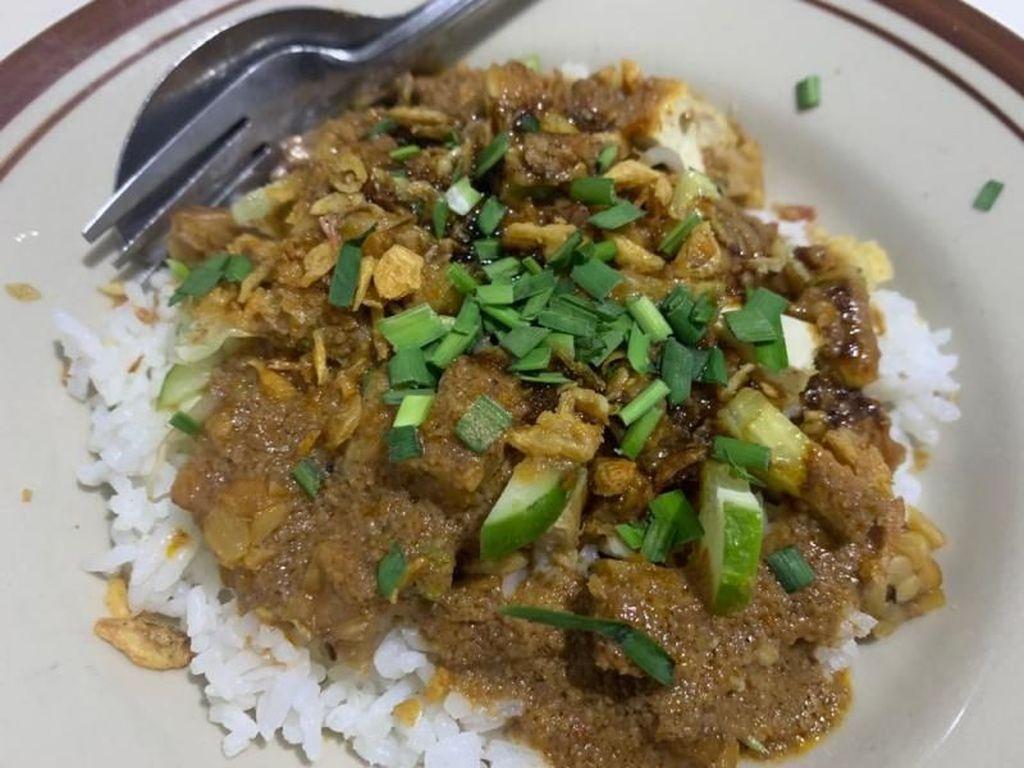 Liburan ke Cirebon, Wajib Coba Kuliner Nasi Lengko