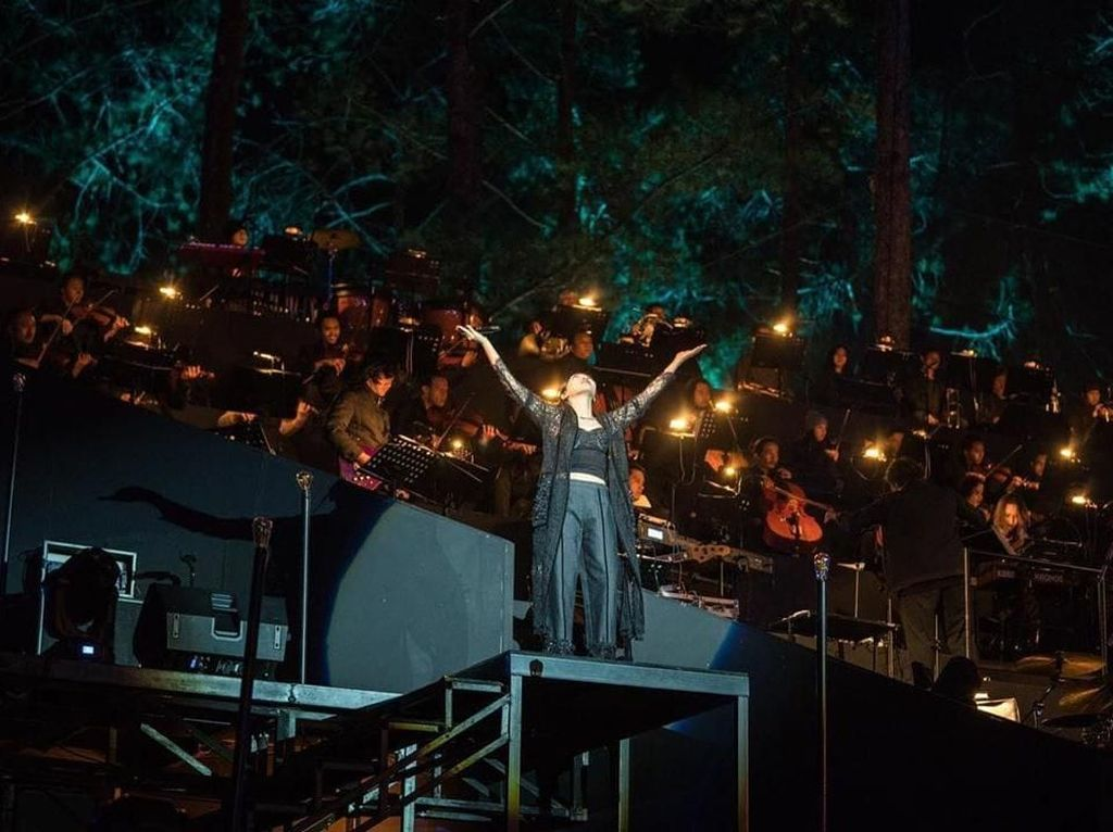 Forestra 2019: Meriahnya Konser di Tengah Hutan Jawa Barat