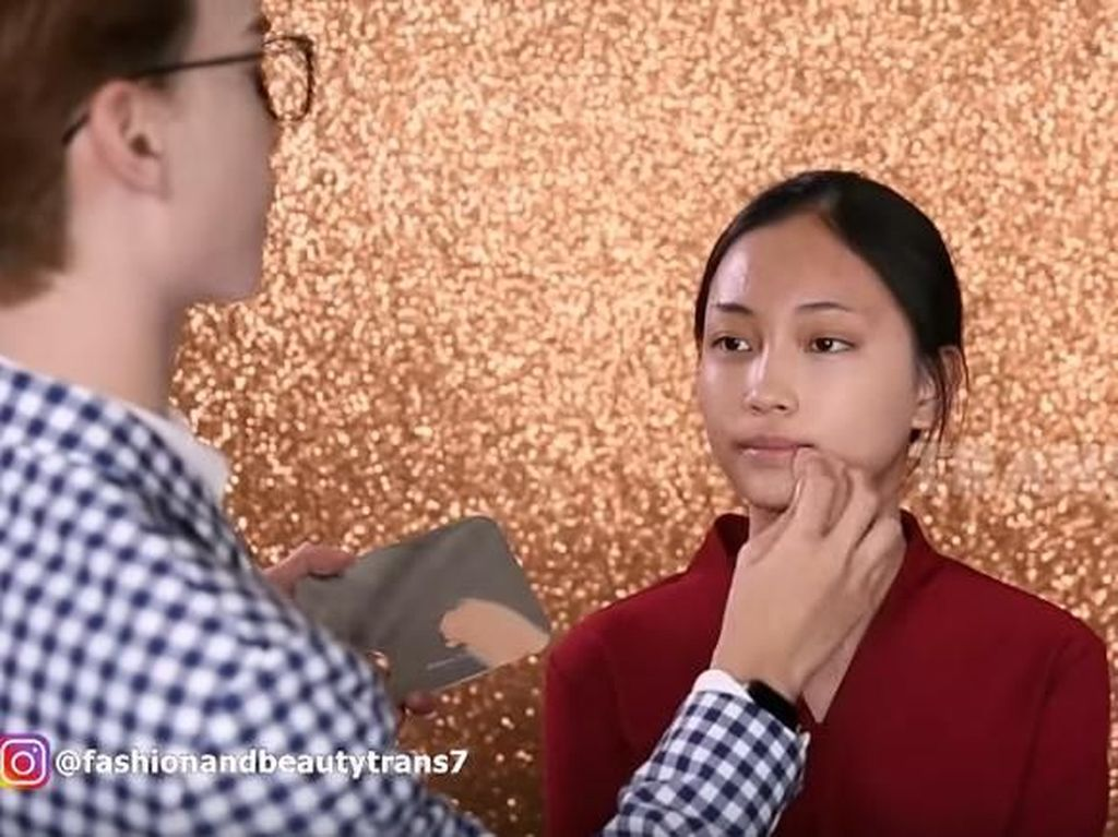 Makeup Artist Ungkap Trik Makeup Tahan 32 Jam, Tak Luntur Meski Disiram Air