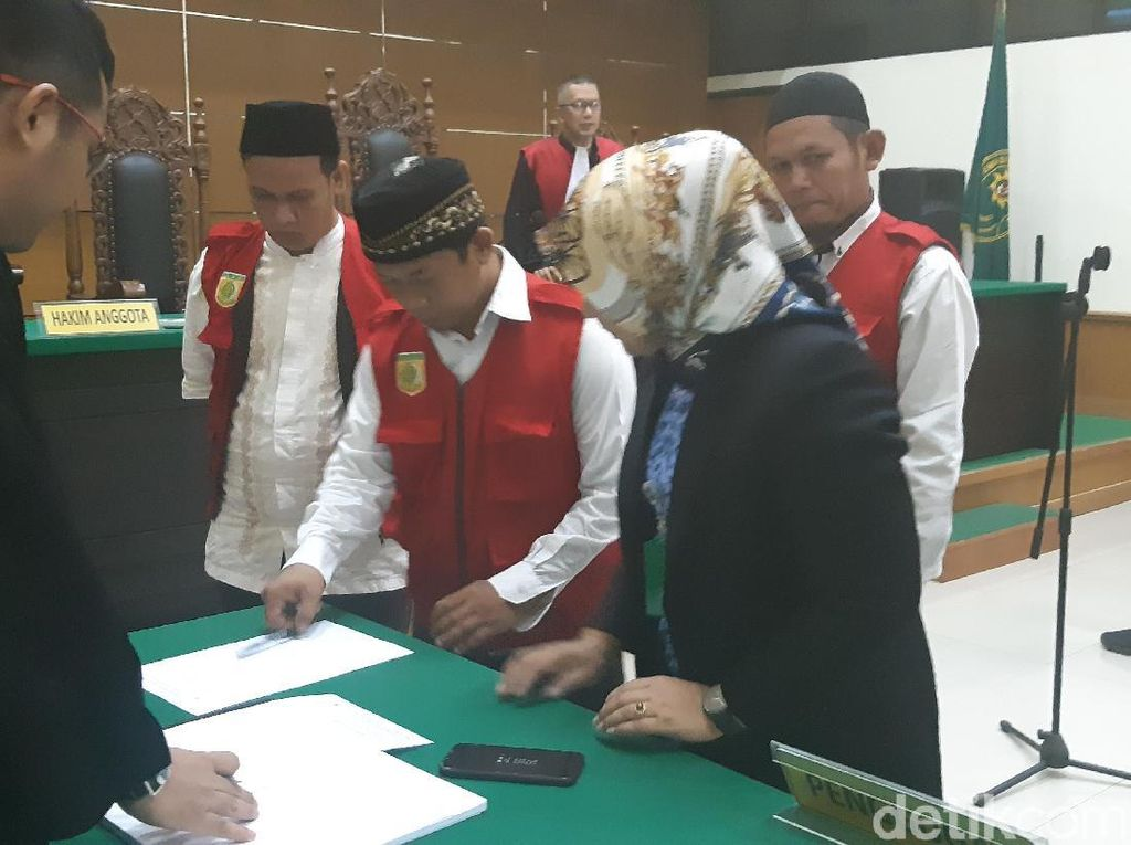 Terdakwa Pungli Korban Tsunami di RSDP Serang Divonis 16 Bulan Penjara