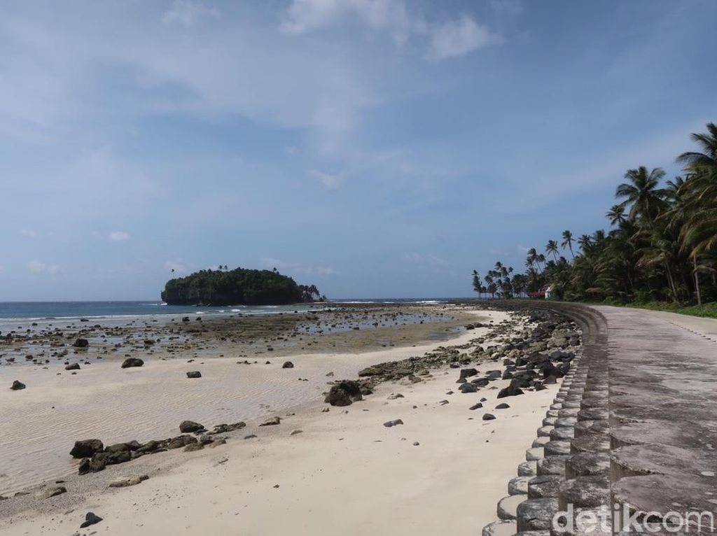 Tanjung Wora, Tempat Jokowi Cuci Muka di Miangas
