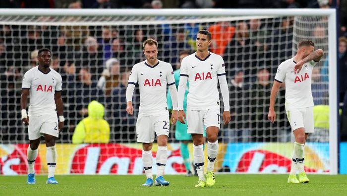 Tottenham Hotspur terseok-seok di awal musim ini. (Foto: Catherine Ivill / Getty Images)