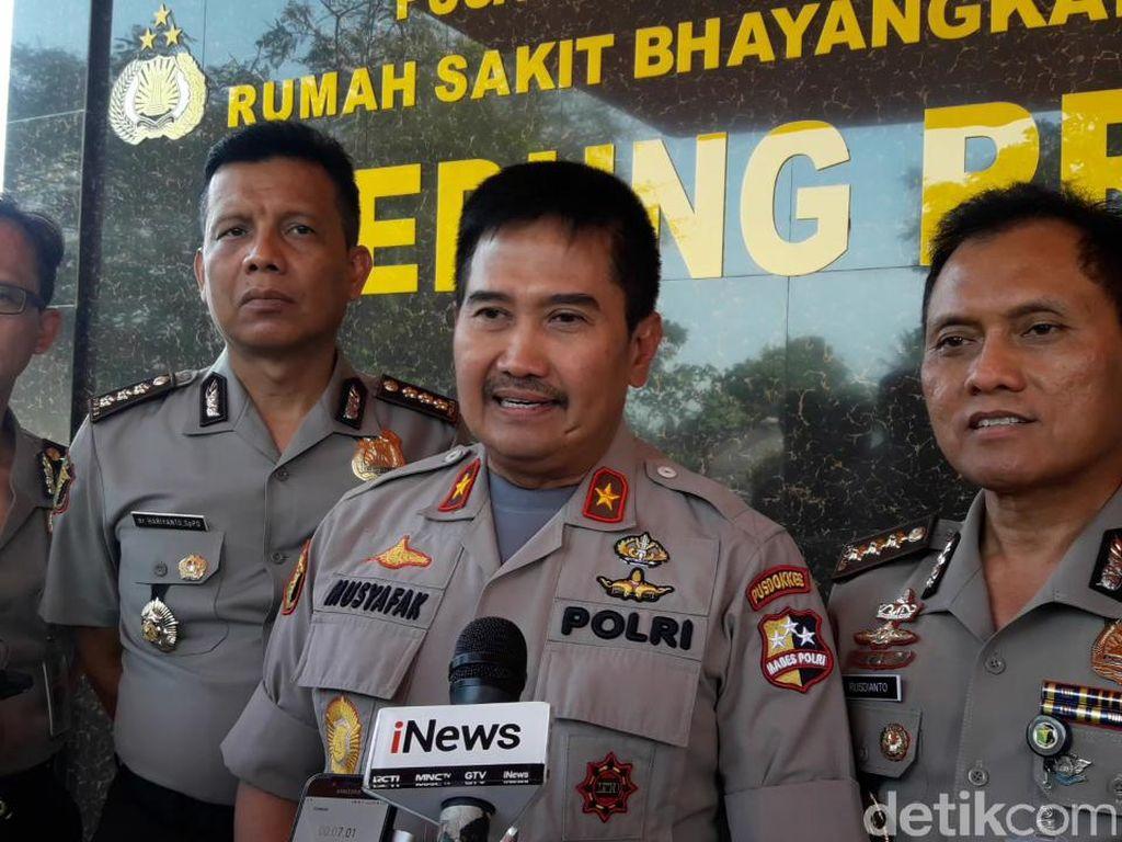 35 Polisi Jadi Korban Rusuh DPR, 9 Orang Dirawat di RS Polri