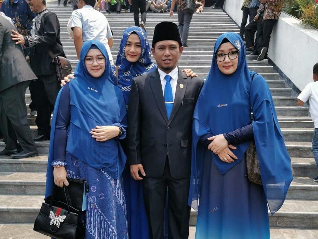 Lora Fadil Jadi Omongan, Gegara Bawa 3 Istri dan Tidur di Senayan