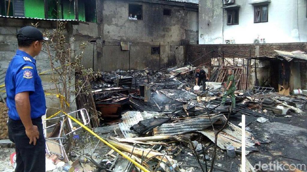 Potret Sisa Kebakaran Gudang Kayu di Sarkem Yogyakarta