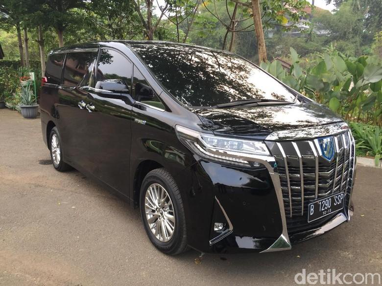 Mobil-mobil elektrifikasi Toyota