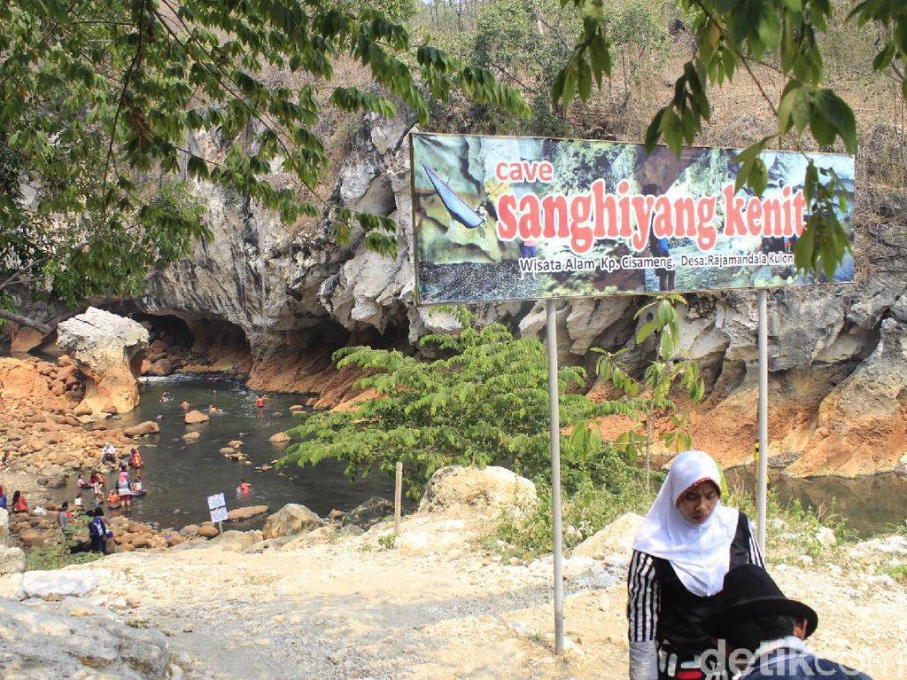 Potret Sanghyang Kenit, Surga Tersembunyi di Bandung Barat
