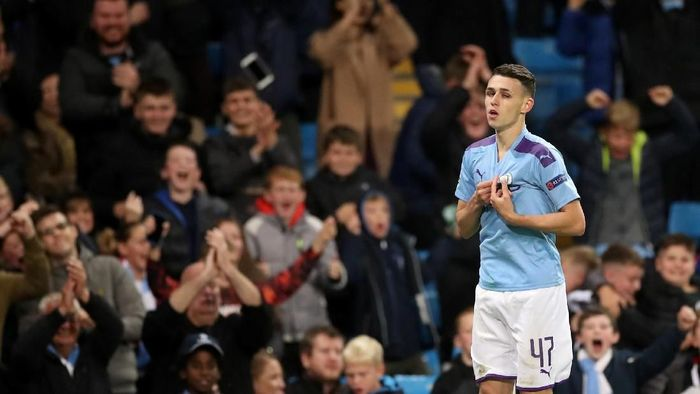 Gelandang muda Man City Phil Foden diproyeksi sebagai pengganti David Silva. (Foto: Carl Recine/Action Images via Reuters)