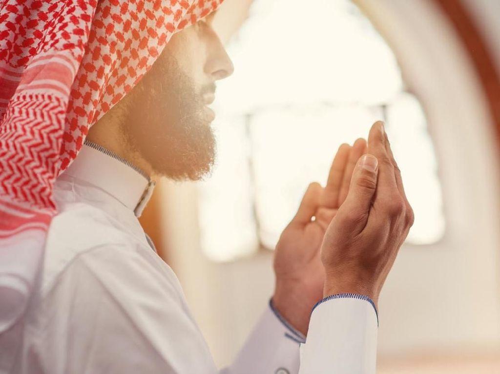 Putar Musik Saat Adzan di Arab Saudi Bisa Didenda Rp 7,5 Juta