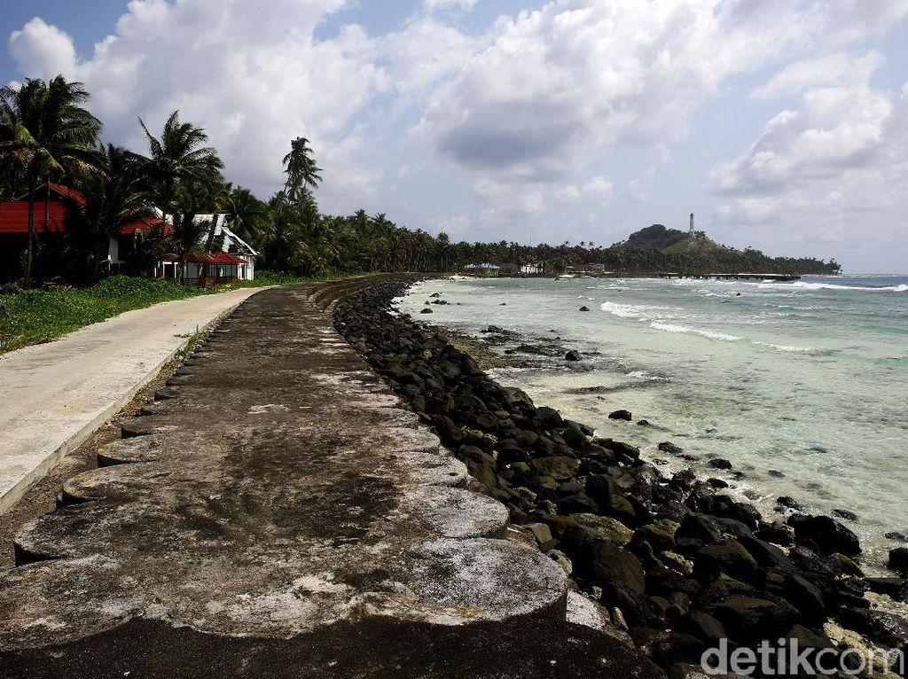 Serunya Berkeliling Mengitari Pulau Miangas