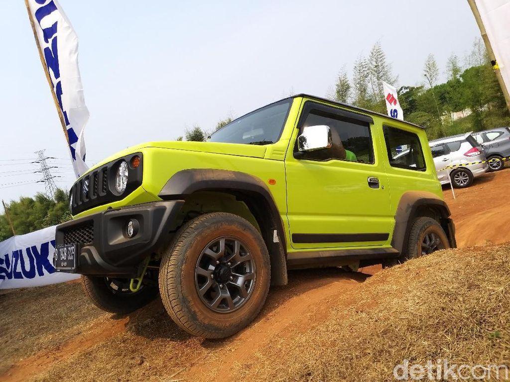 Menguji Ketangguhan Suzuki Jimny di Medan Offroad