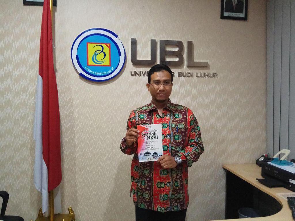 Tulis Buku Mendamaikan Syariah & NKRI, Dosen UBL: NKRI Sudah Final