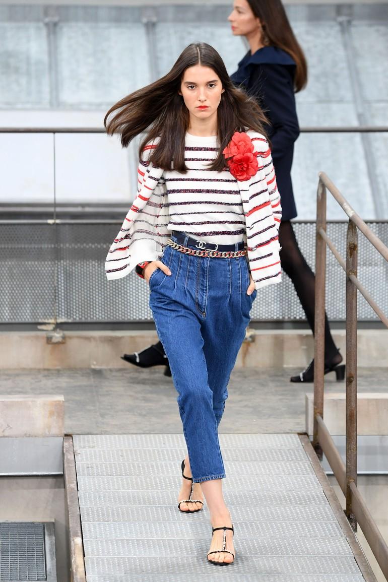 Koleksi ready to wear Spring 2020 Chanel yang ditampilkan di Paris Fashion Week, Paris, Prancis. Selasa (1/10/2019). Photo by Pascal Le Segretain/Getty Images
