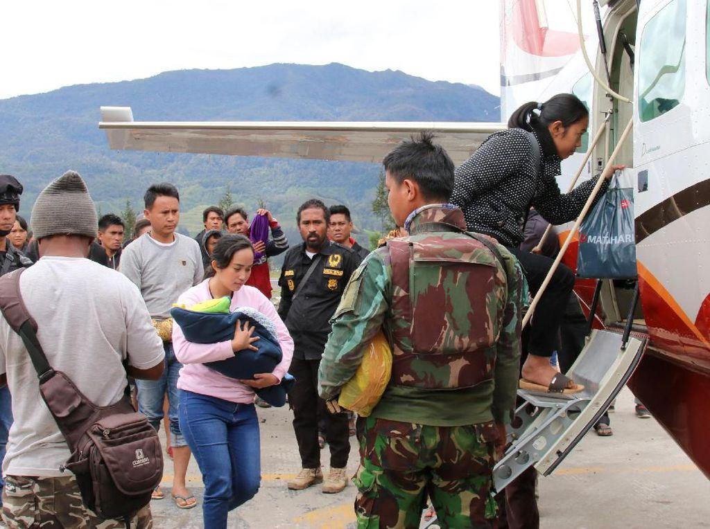 Warga Ilaga Papua Mulai Mengungsi