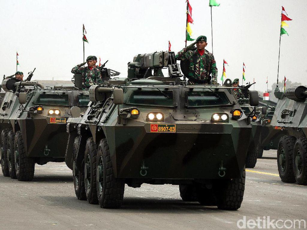 HUT ke-74 TNI, Alutsista Melenggang dengan Gaya