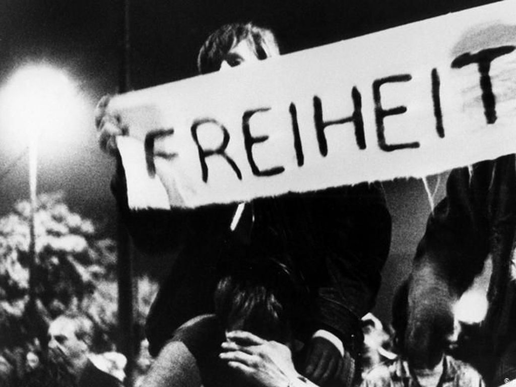 Hari Jerman Bersatu, Tokoh Politik Ingatkan Revolusi Damai Jerman Timur