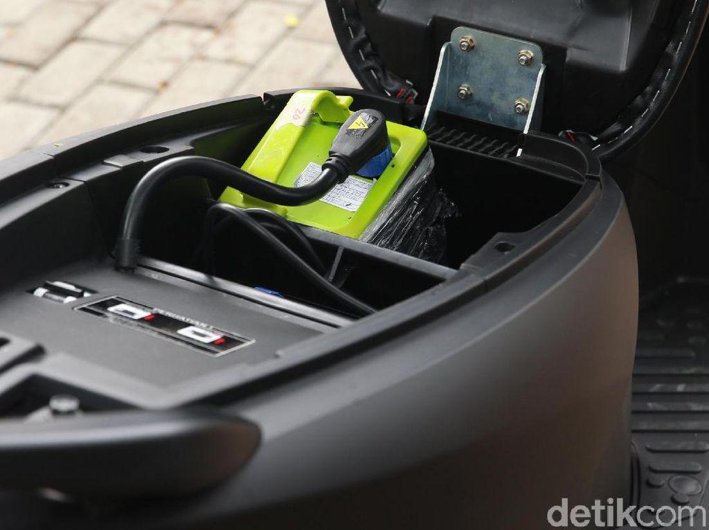 Pemerintah Kembangkan Baterai dan SPKLU Kendaraan Listrik