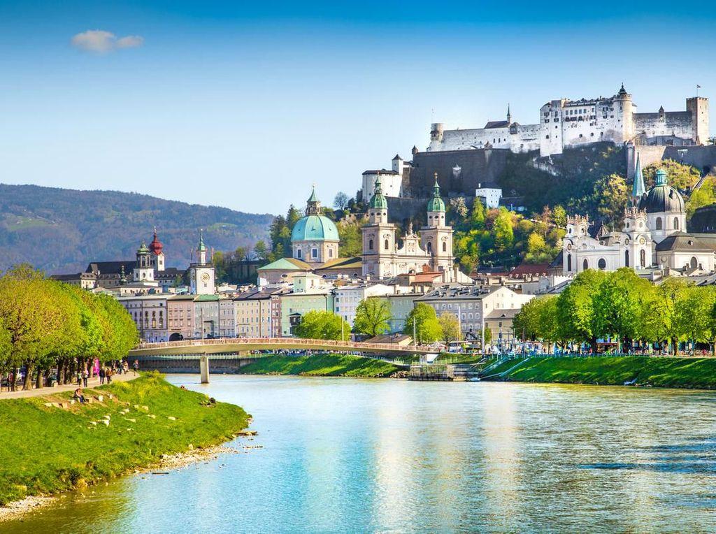 Kota Rupawan Ini Menantikan FC Salzburg Balik dari Liverpool