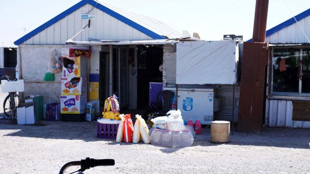 Ada Pasar di Tengah Kamp Pengungsi Suriah, Ini Penampakannya