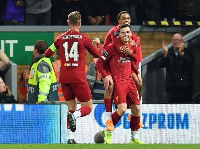 Liverpool difavoritkan menjadi juara Liga Inggris musim ini. Foto: Paul Ellis/AFP