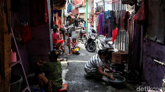 Bank Dunia Sebut 115 Juta Orang RI Rentan Kembali Miskin