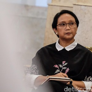 Jokowi Raih Asian Of The Year, Menlu Retno: Bukti Leadership RI Diakui Dunia